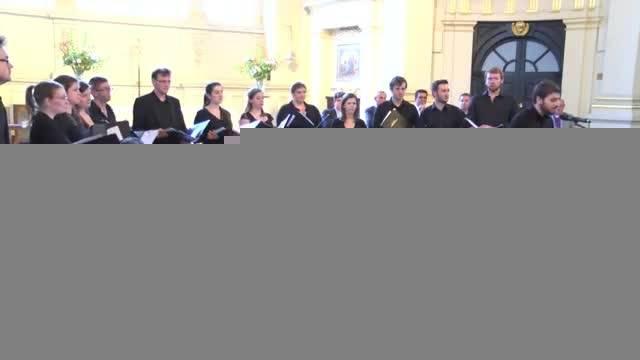 سامی یوسف- اجرای ترانه موهبت عشق در کلیسای سنت مارتین