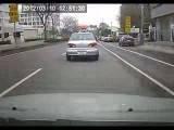 موتور سوار تایوانی و تصادف شدید با خانم دوچرخه سوار