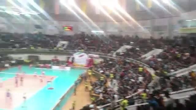حرکتی نوآورانه و زیبا از سوی هواداران والیبال در اورمیه