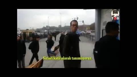 گونی بر سر سرباز آمریکایی در ترکیه!