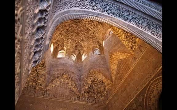 فیلم زیبایی از مقرنس ها در هنر و معماری اسلامی