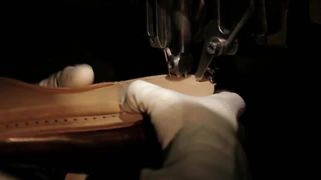 کفش PRADA | کفش های دست دوز مردانه