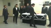 مراسم تدفین دو نفر از گروه دخترای کره ای