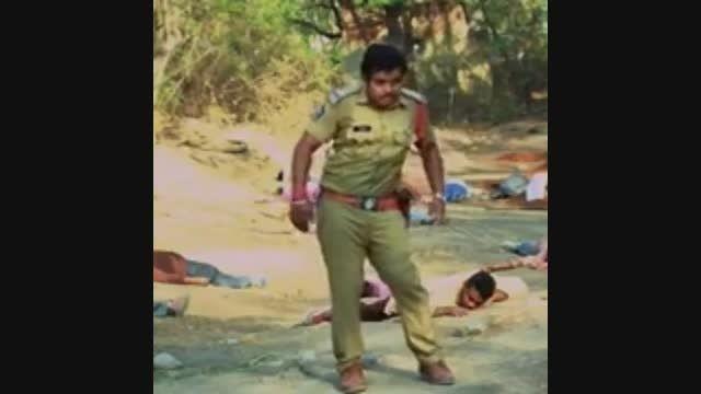 یه فیلم هندی کاملا اکشن !!!!!!!