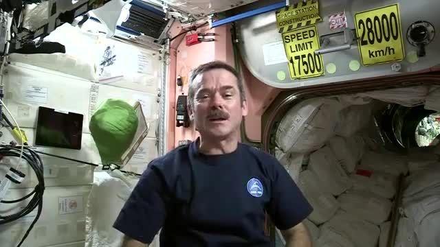 پخت اسفناج در ایستگاه فضایی
