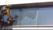 شستشو نمای ساختمان بدون داربست