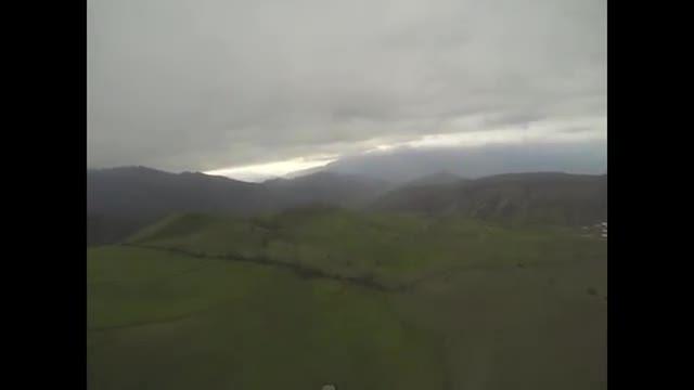 پرواز با چتر بر فراز قره داغ آذربایجان شرقی