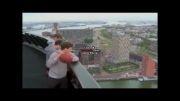 پرتاب توپ از ارتفاع 98 متری توی تور بسکتبال!!!!!!!!