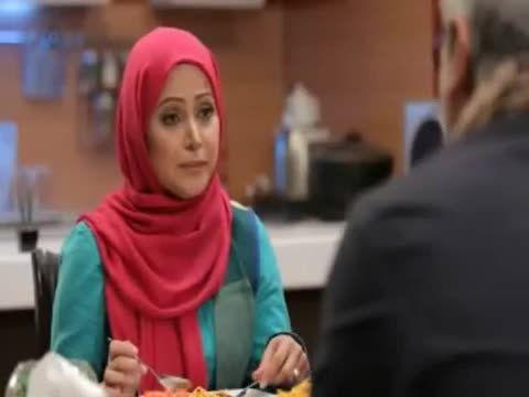 ماکارونی خوردن مهران مدیری :))