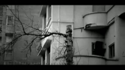 خانه ای که ستون هایش ویران شود، سقفش فرو خواهد ریخت
