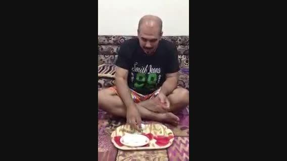 کندن پوسته های تخم مرغ آب پز در یه حرکت