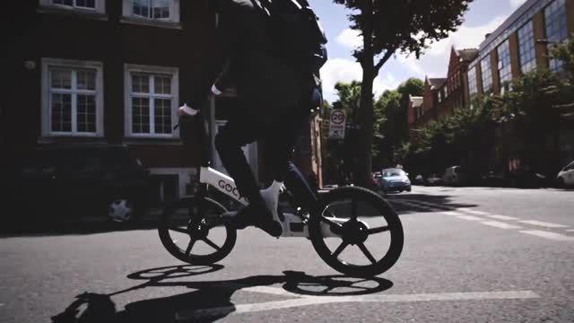 دوچرخه الکتریکی Gocycle، برنده مسابقه Red Dot