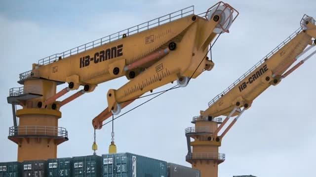 Modeling and Rigging a Hydraulic Crane in 3ds Max