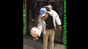محمدرضا گلزار شیرین کاری میکند با توپ ♥
