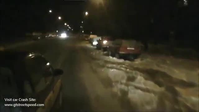 تصادفات ناگوار در جاده های برفی و لغزنده
