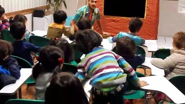 تئاتر کودک آوند - موضوع زباله