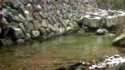 ماهیگیری با قلاب در طبیعت زیبای ژاپن