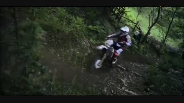 تصاویری از مسابقات موتور سواری در کوهستان.