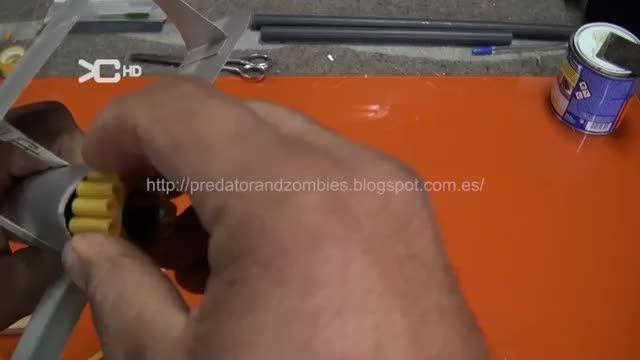 آموزش ساخت یک هواپیمای جذاب در خانه 2 RoboCreativity.ir