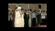 بیاد آیت الله مهدوی کنی-در حال اقامه نماز جماعت