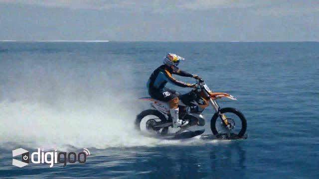 موج سواری با موتور سیکلت