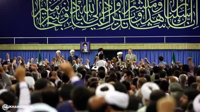 ورود رهبر انقلاب به حسینیه امام خمینی در عید مبعث