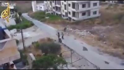 ترکیدن یه جین داعشی در حمله هوایی روسیه از نمای نزدیک