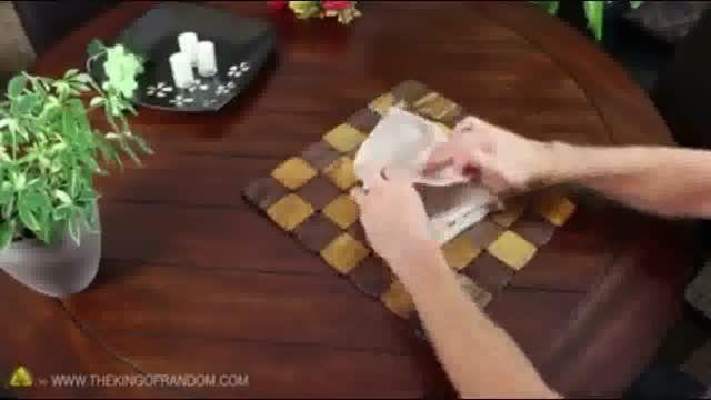 روش های تاکردن دستمال سفره