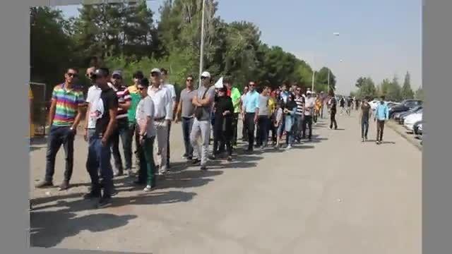 برگزاری مسابقه دریفت در پیست اتومبیلرانی آزادی.