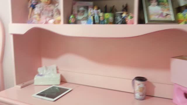 فیلم اتاق من با وسایل صورتی برای  مسابقه السا و جک