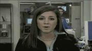 سوتی حضور یک زن در پشت گوینده خبر