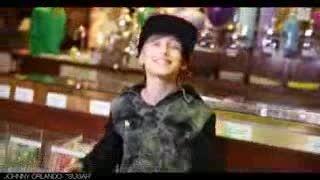 خواننده پسر نوجوان (johnny orlando)