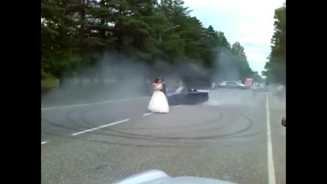 دریفت بسیار زیبا به افتخار عروس و داماد