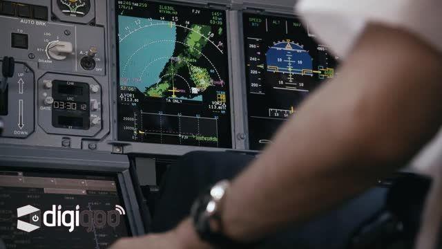 پرواز دو جت من بر فراز هواپیمای ایرباس امارات