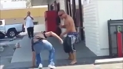 درگیری خیابانی به سبک آمریکایی  !!