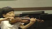 ویولنیست 7 ساله