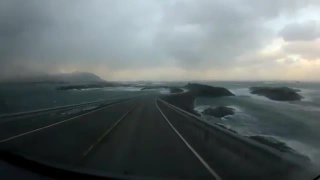 5 جاده خطرناک در جهان