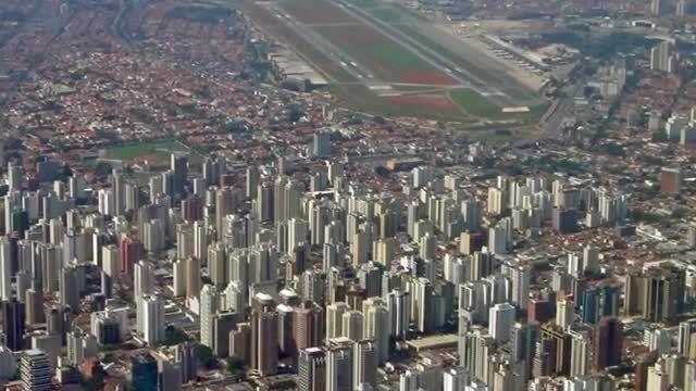 با ده فرودگاه خطرناک دنیا آشنا شوید؟