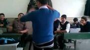 رقص تو کلاس درس