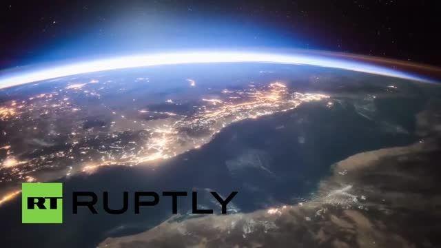 تایم لپس از ایستگاه فضایی و دیدن زمین در شب