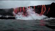 آبشار مواد آتشفشانی در قلب اقیانوس!