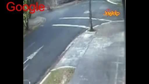 له شدن موتور سیکلت سوار ها در خیابان