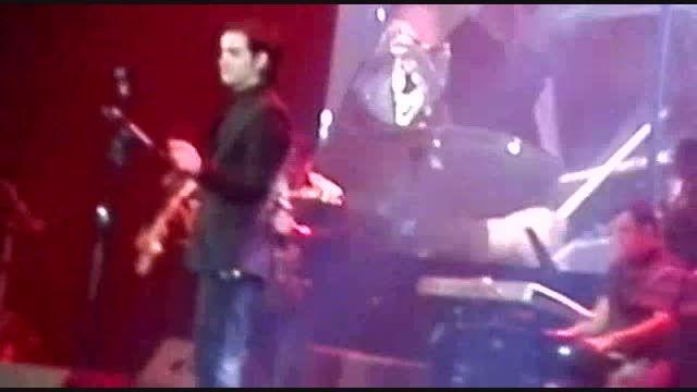 اجرای بازم بخند محسن یگانه در تهران
