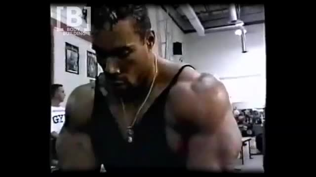 Kevin Levrone Chest Workout with Dumbbell