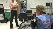 دستهای مصنوعی که با سیستم عصبی انسان کنترل میشن