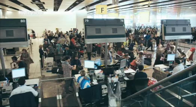 فرودگاه هیترو با زیرنویس فارسی - کارکنان فرودگاه