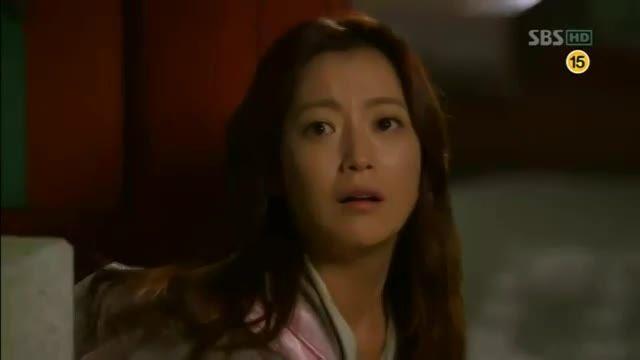 بغل کردن لی مین هو توسط دختره (اون سو)
