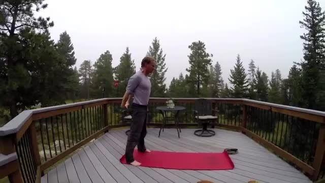 آموزش یوگا قدرت برای انعطاف پذیری و قدرت تمرین