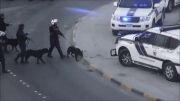 بحرین:1392/11/25:استفاده از سگ برای سرکوب مردم مظلوم..