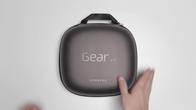آنباکسینگ هدست واقعیت مجازی samsung gear vr